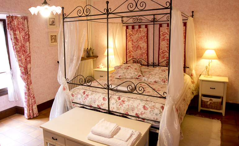 room river bed and breakfast france lot rocamadour