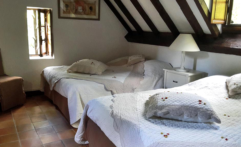 room suite cascade bed and breakfast moulin benedicty